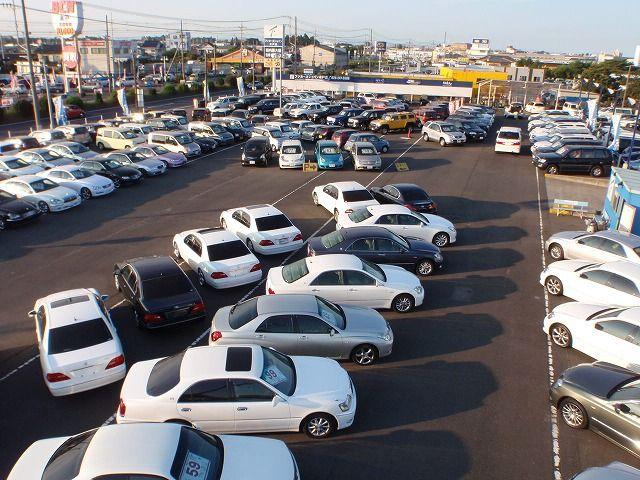 フジカーズジャパン 茨城中央 SUV・輸入車・4WD専門店
