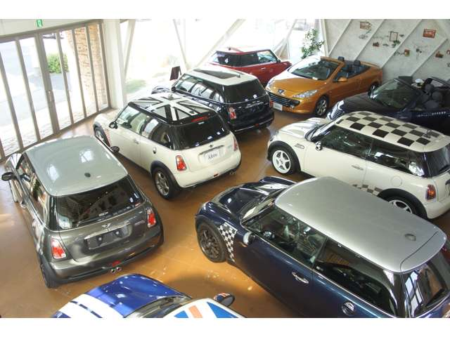 BMW MINI アブロ 名古屋ショールーム