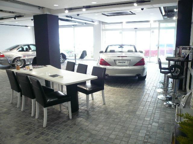 マキオコーポレーション欧州車正規ディーラー車専門店